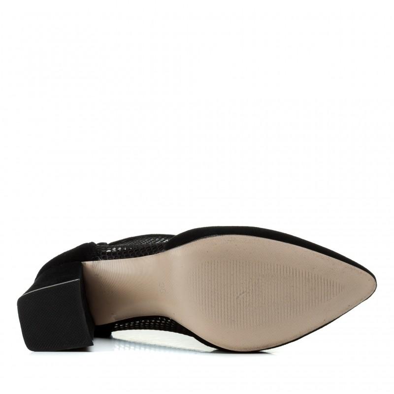 Туфлі жіночі замшеві чорні на товстому каблуку  Aiformaria