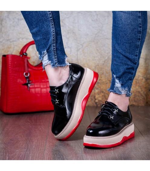 Туфлі жіночі чорні на високій платформі AIFORMARIA