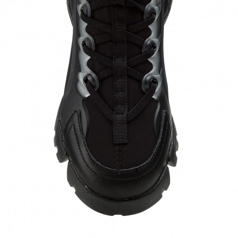 Кросівки жіночі чорні спортивні на платформі Gifanni