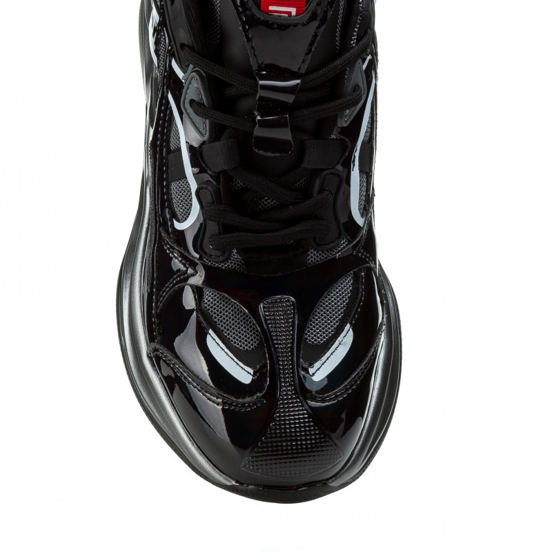 Кросівки жіночі чорні на платформі Gifanni