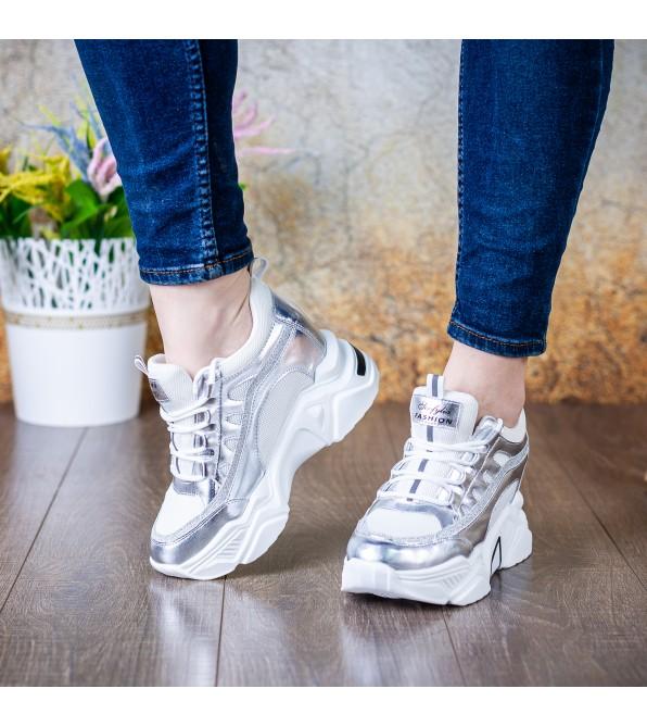 Кросівки жіночі сріблясті на танкетці комфортні Lifexpert