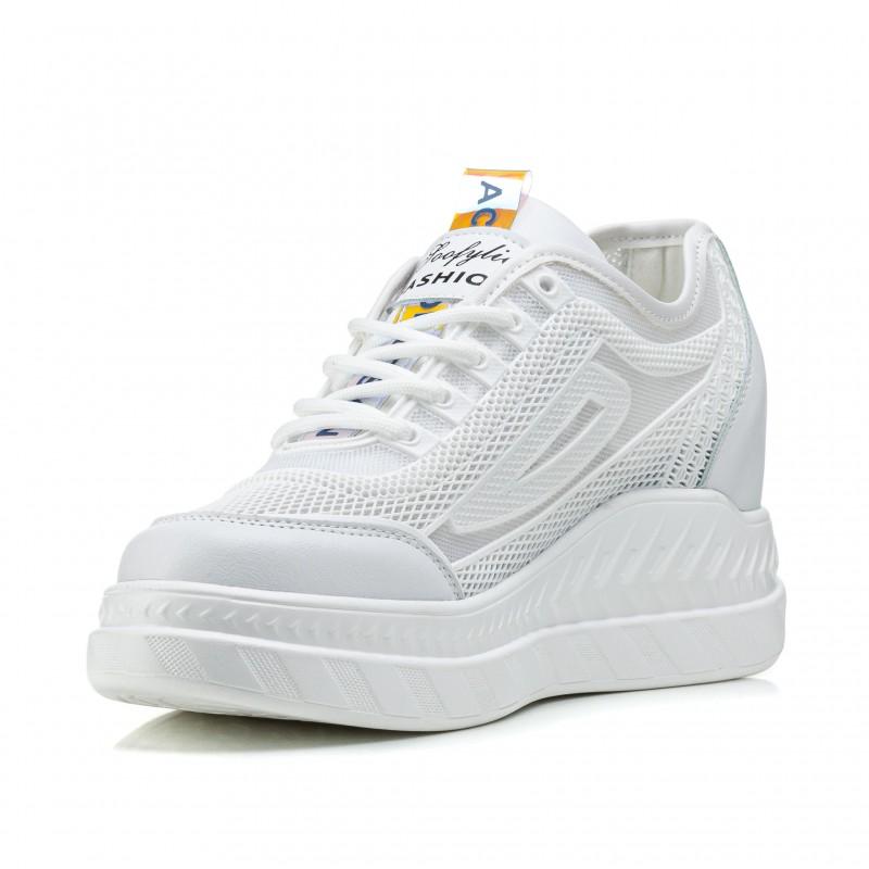 Кросівки жіночі білі літні на танкетці Lifexpert