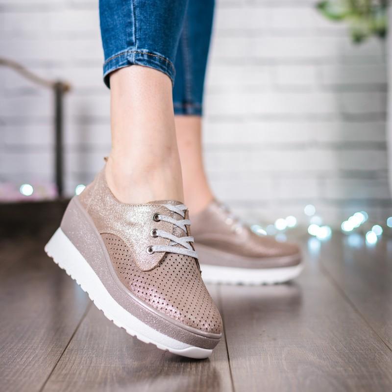 Туфлі жіночі бежеві літні на танкетці Lifexpert
