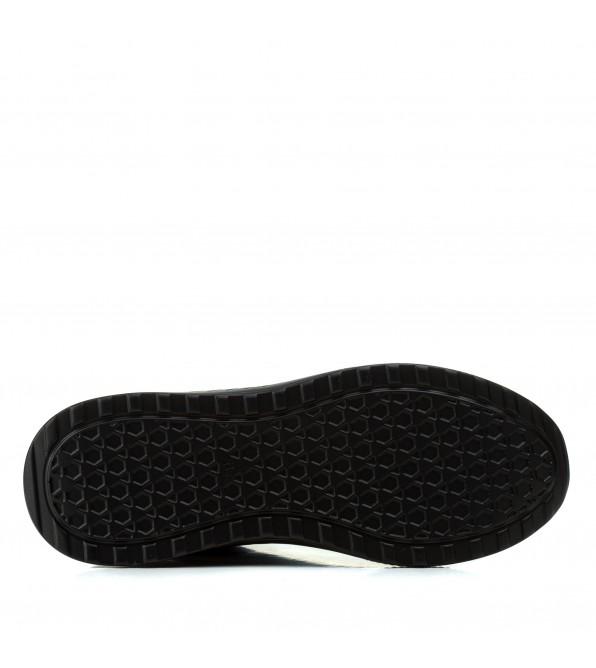 Кросівки жіночі чорні на зручній платформі V.I.Konty