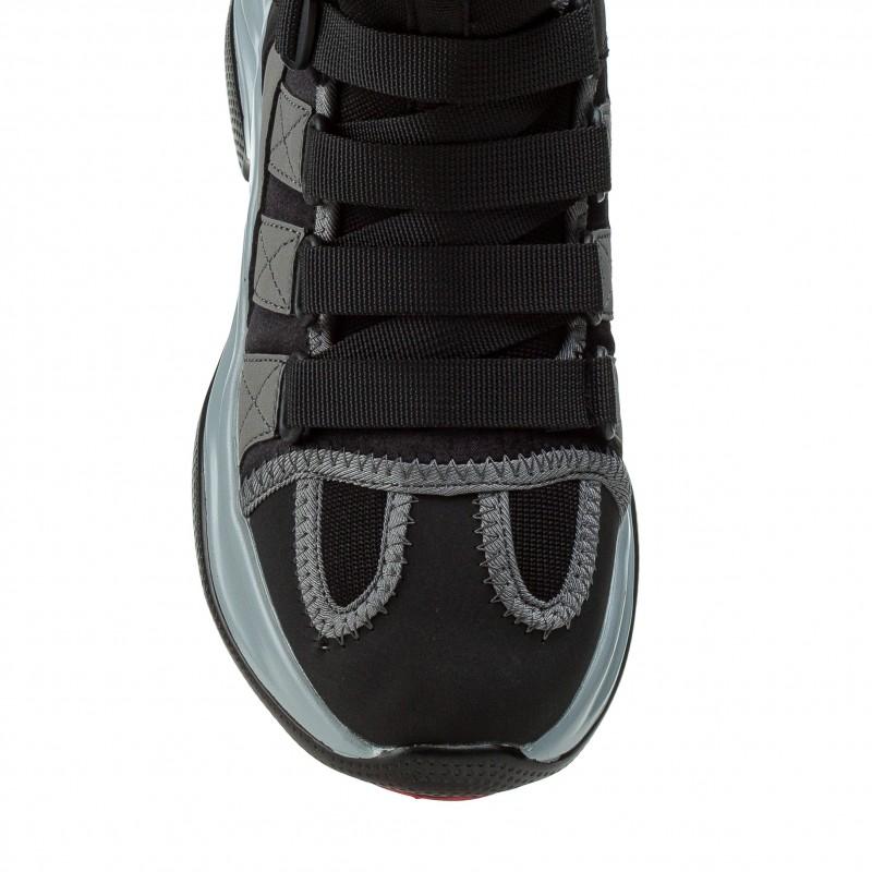 Кросівки жіночі чорні на високій підошві Navigator