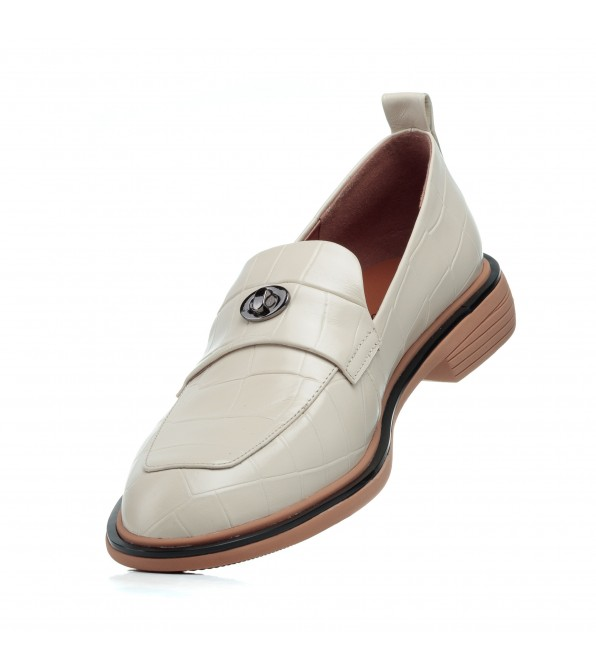 Туфлі-лофери жіночі шкіряні бежеві Brocoli