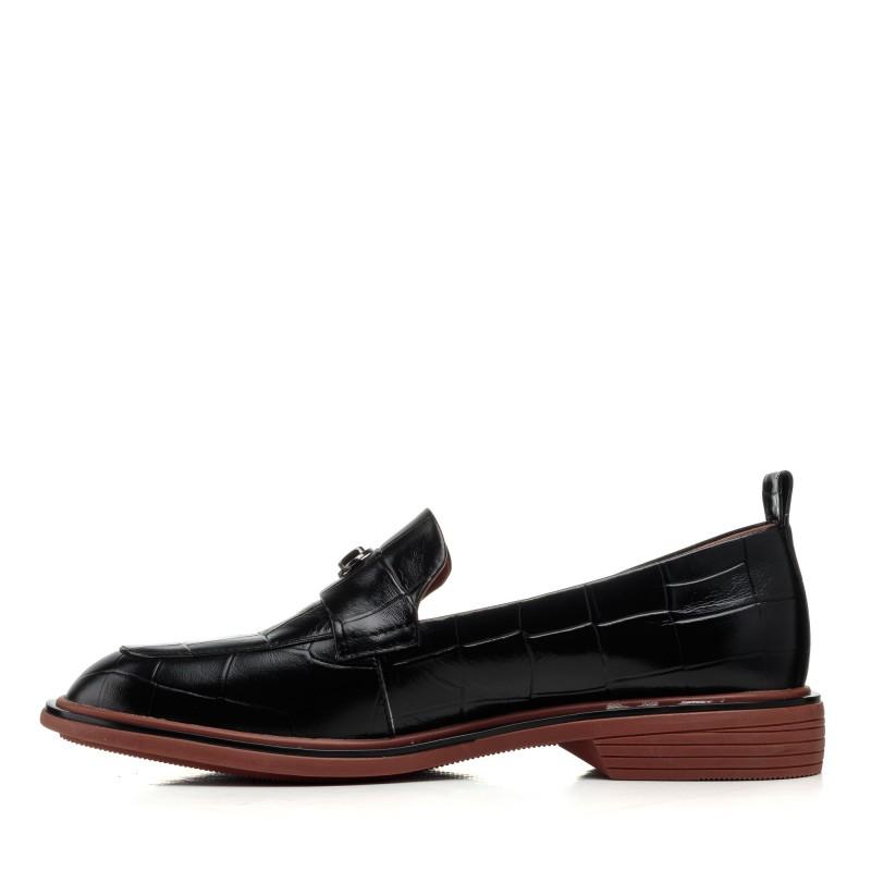 Туфлі-лофери жіночі шкіряні чорні Brocoli