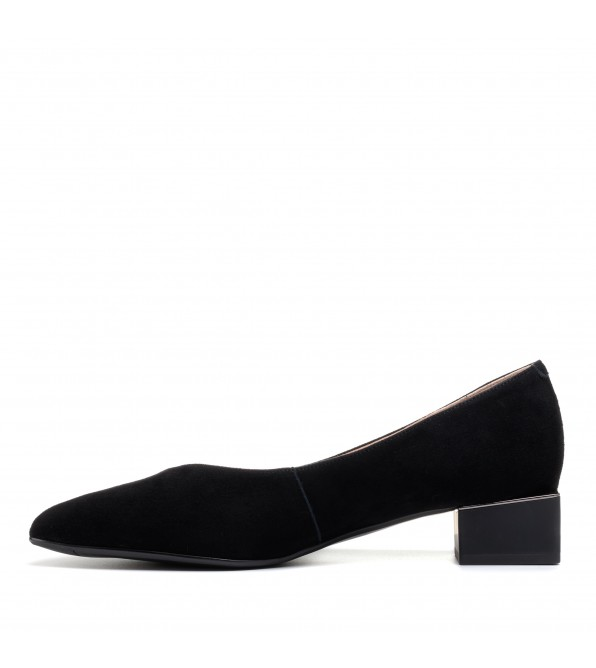 Туфлі жіночі замшеві на низькому каблуці Lady marcia