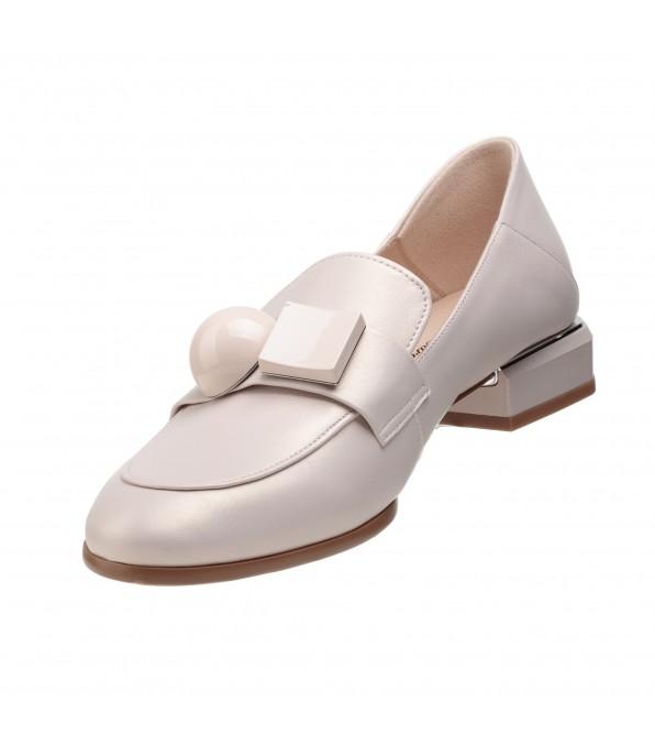 Туфлі лофери жіночі шкіряні на низькому каблуці Lady marcia
