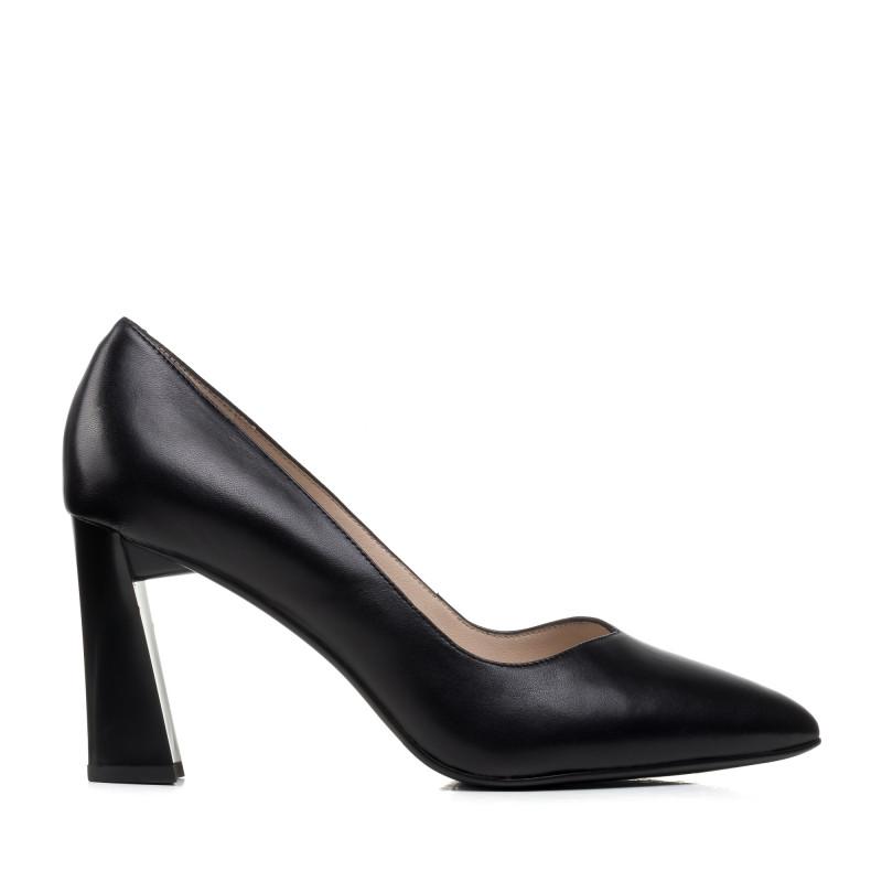 Туфлі жіночі чорні шкіряні на каблуці Lady marcia