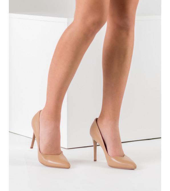 Туфлі жіночі шкіряні бежеві човники на шпильці Lady marcia