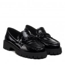 Туфли-лоферы черные лаковые на низком ходу Melanda