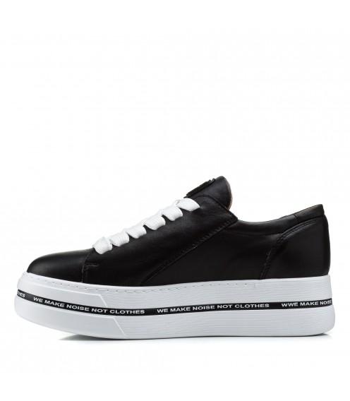 Туфлі жіночі шкіряні чорні на високій платформі