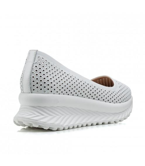 Туфлі жіночі шкіряні білі на танкетці