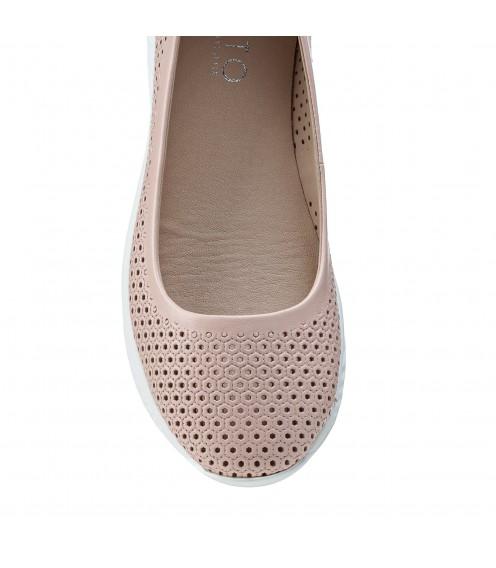 Туфлі жіночі шкіряні пудрові на танкетці