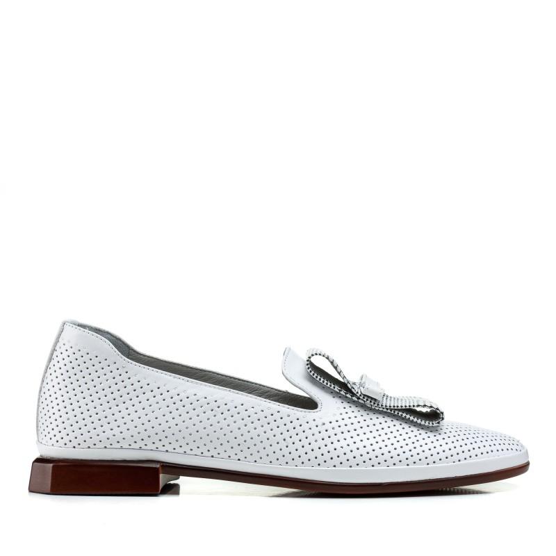 Балетки жіночі шкіряні білі на  товстому низькому каблуку