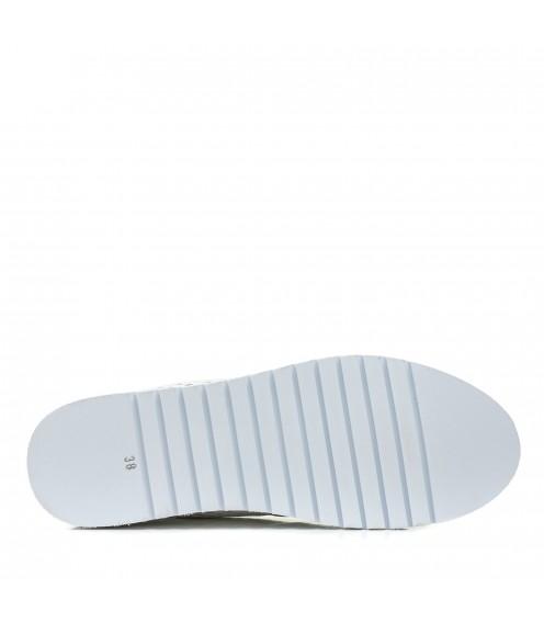 Туфлі жіночі шкіряні білі на низькому ходу