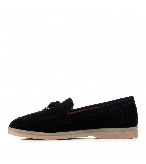 Туфлі лофери жіночі чорні замшеві Corsovito