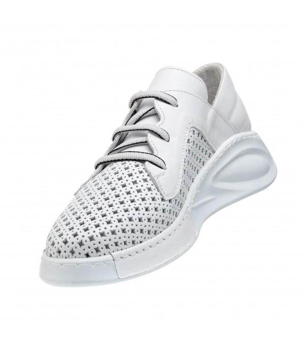 Туфлі жіночі шкіряні з перфорацією білі Guero