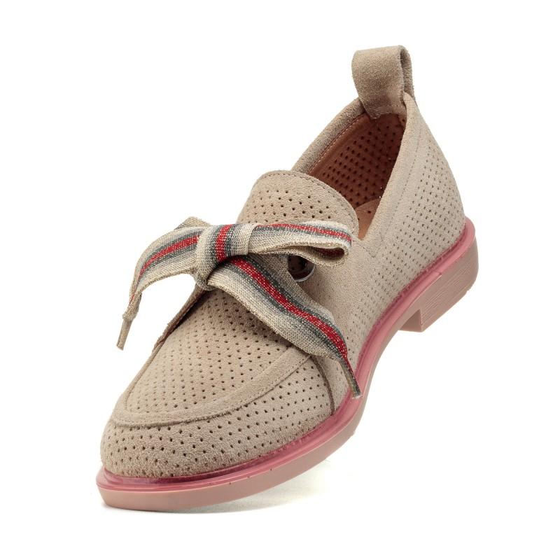 Туфлі жіночі замшеві бежеві на низькому каблуці Evromoda