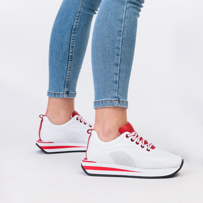 Кросівки жіночі шкіряні білі на платформі Evromoda