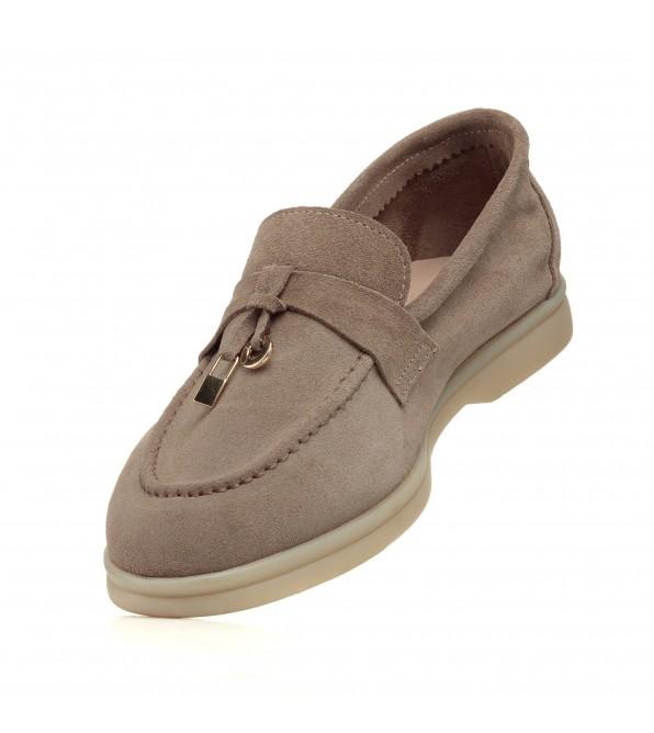 Туфлі-лофери жіночі замшеві бежеві Evromoda