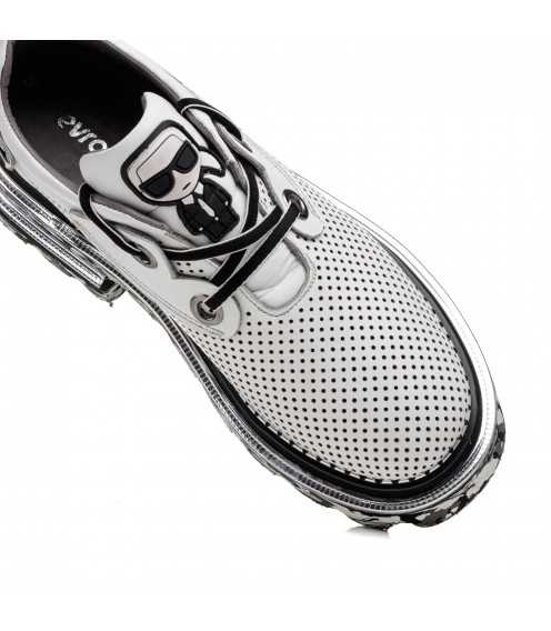 Туфлі шкіряні з перфорацією Evromoda