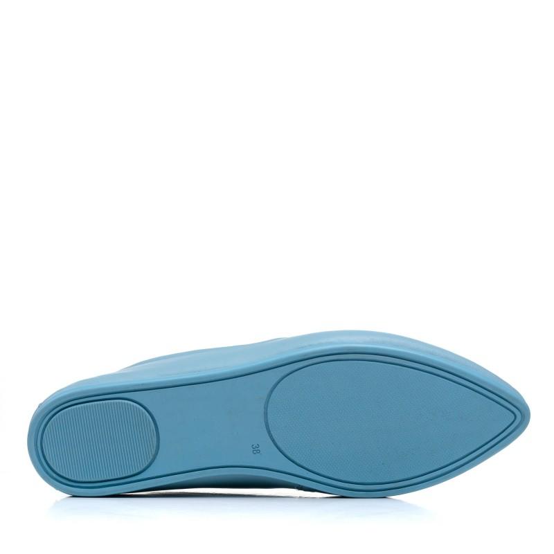 Балетки шкіряні на плоскій підошві блакитні Gossi