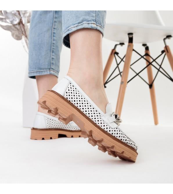 Туфлі шкіряні з перфорацією білі Evromoda