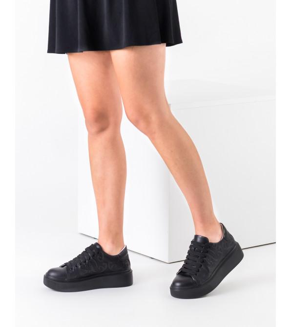 Кеди жіночі шкіряні чорні на платформі Kento
