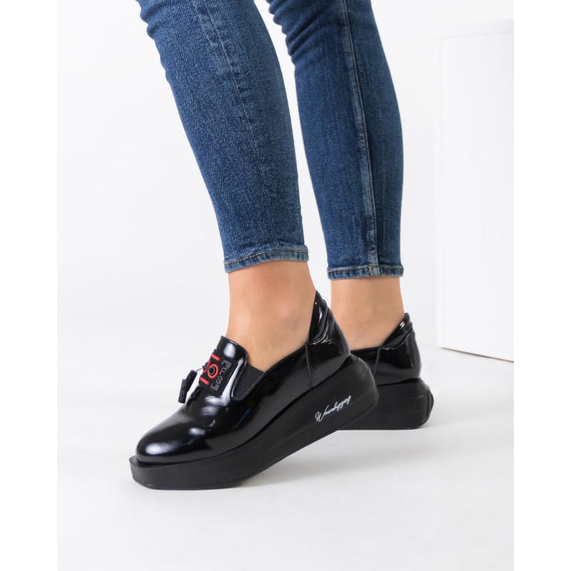 Туфлі жіночі шкіряні лаковані на платформі Guero