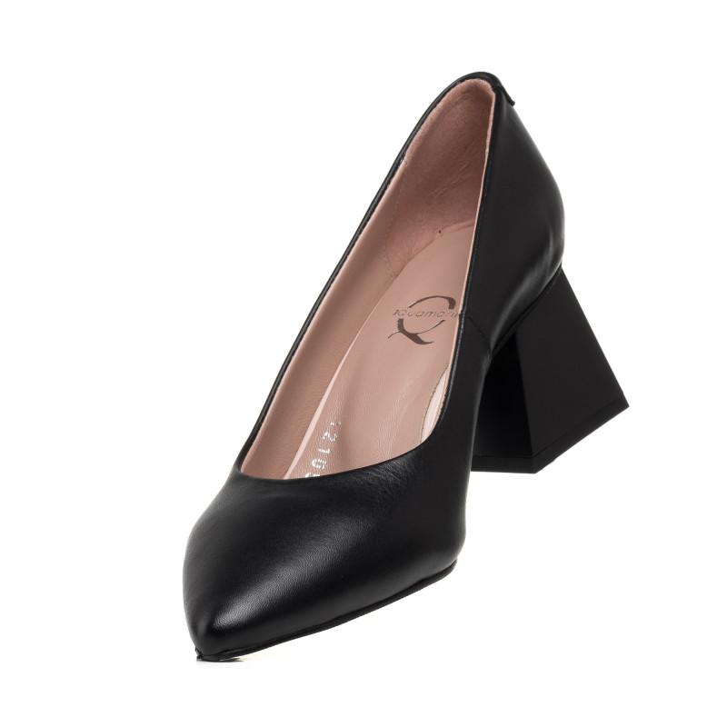 Туфлі жіночі шкіряні чорні з гострим носиком Aquamarin