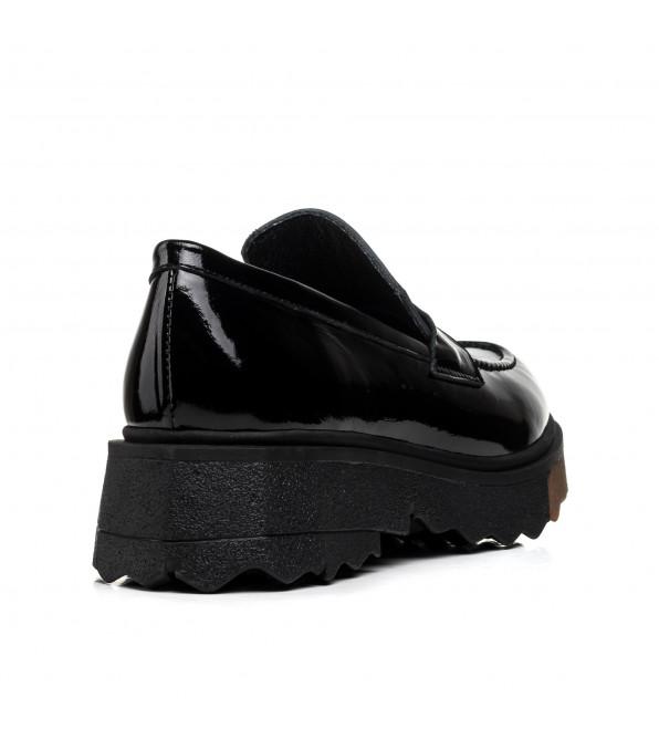 Туфлі жіночі лаковані чорні на платформі Estomod