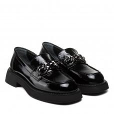 Лоферы женские черные лакированные с пряжкой на удобном каблуке