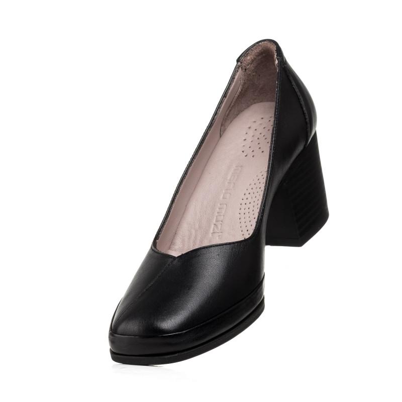 Туфлі жіночі шкіряні чорні на середньому підборі Mario muzi