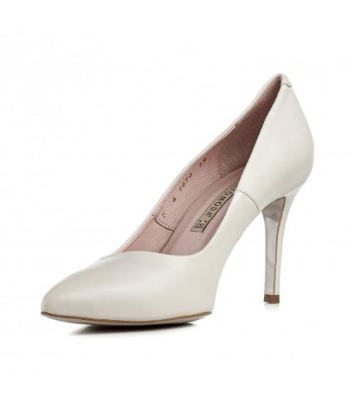 Туфлі-човники жіночі шкіряні молочні на шпильці Bravo Moda