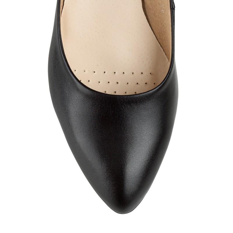 Туфлі-човники жіночі шкіряні чорні  на каблуку Karolina