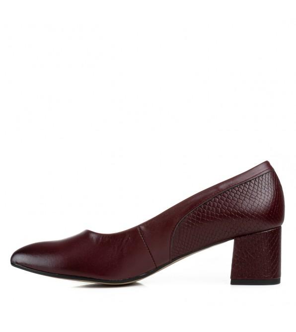Туфлі жіночі шкіряні бордові на каблуку Karolina