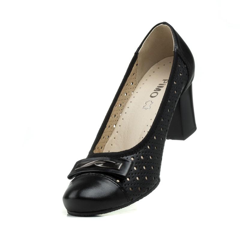Туфлі шкіряні чорні з перфорацією Pimo