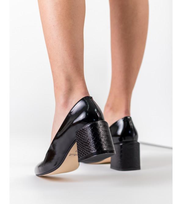 Туфлі жіночі шкіряні лаковані на товстому каблуку Nivelle