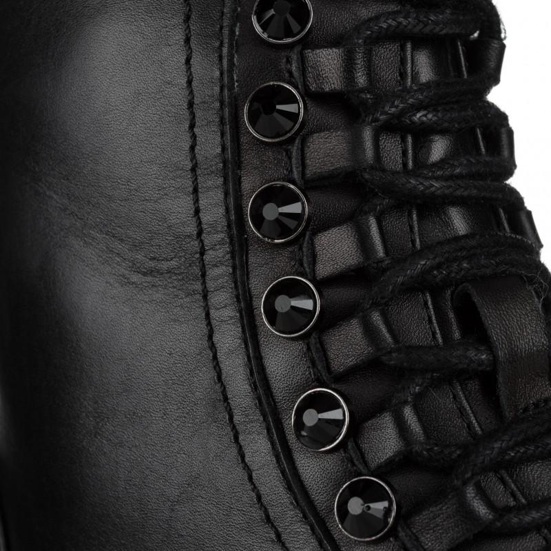 Черевики жіночі шкіряні з чорними стразами Brocoli