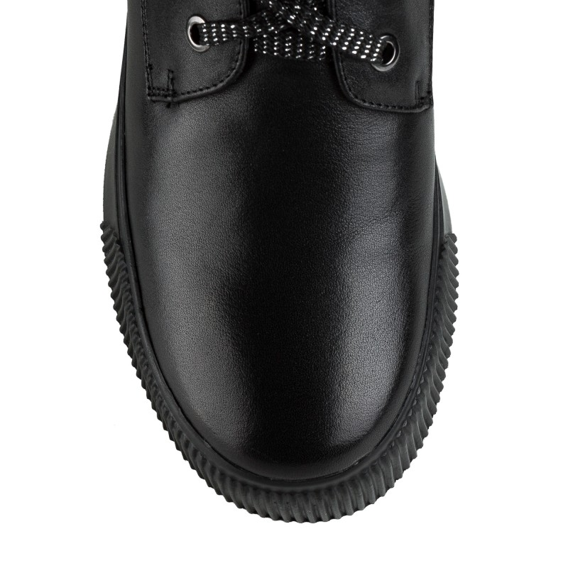 Черевики жіночі шкіряні практичні My Classic на зручній платформі чорні на шнурках