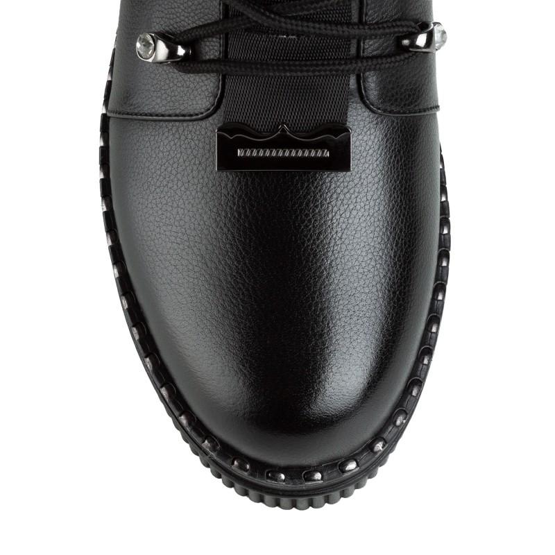 Черевики жіночі шкіряні на зручній підошві на шнурках стильні чорні