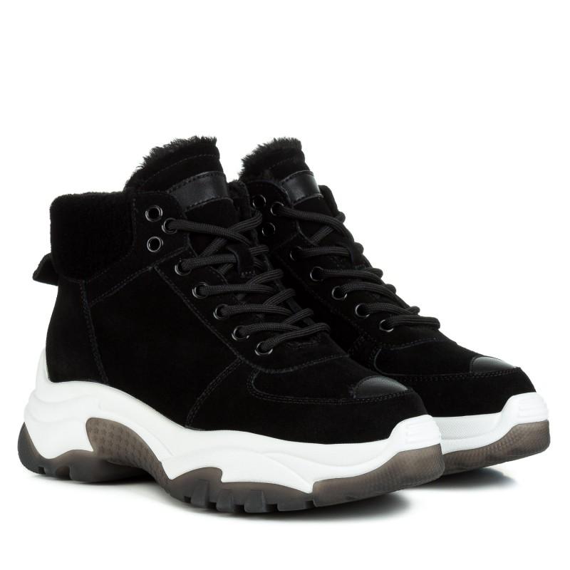 Черевики жіночі Berkonty на білій підошві на шнурках замшеві чорні