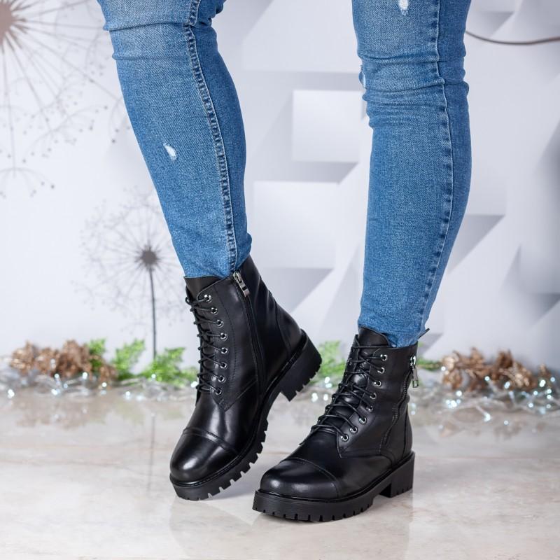 Черевики жіночі шкіряні зимові на шнурівці  Farinni