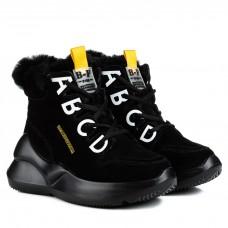 Ботинки женские черные на высокой платформе с буквами замшевые