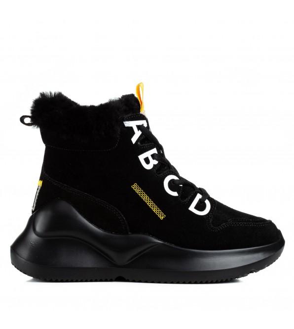 Кросівки жіночі чорні на високій платформі з буквами замшеві