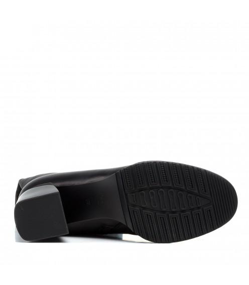 Чоботи зимові Brocoli шкіряні на товстому каблуці чорні класичні