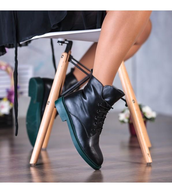 Черевики жіночі шкіряні чорні на низькому ходу Lady marcia