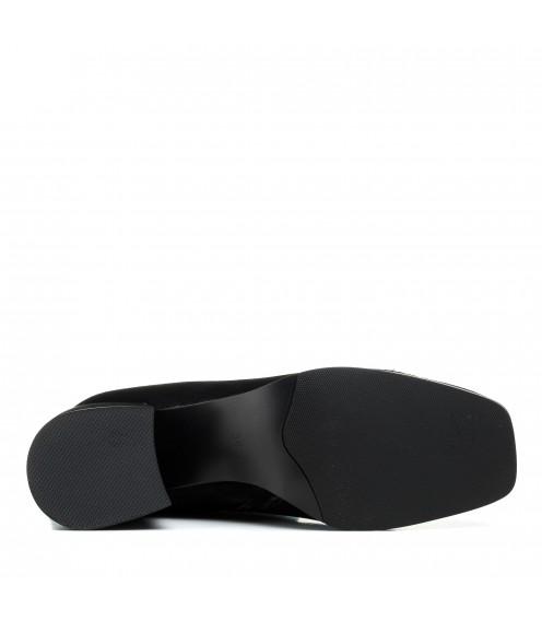 Чоботи жіночі замшеві чорні на середньому каблуці Vidorcci